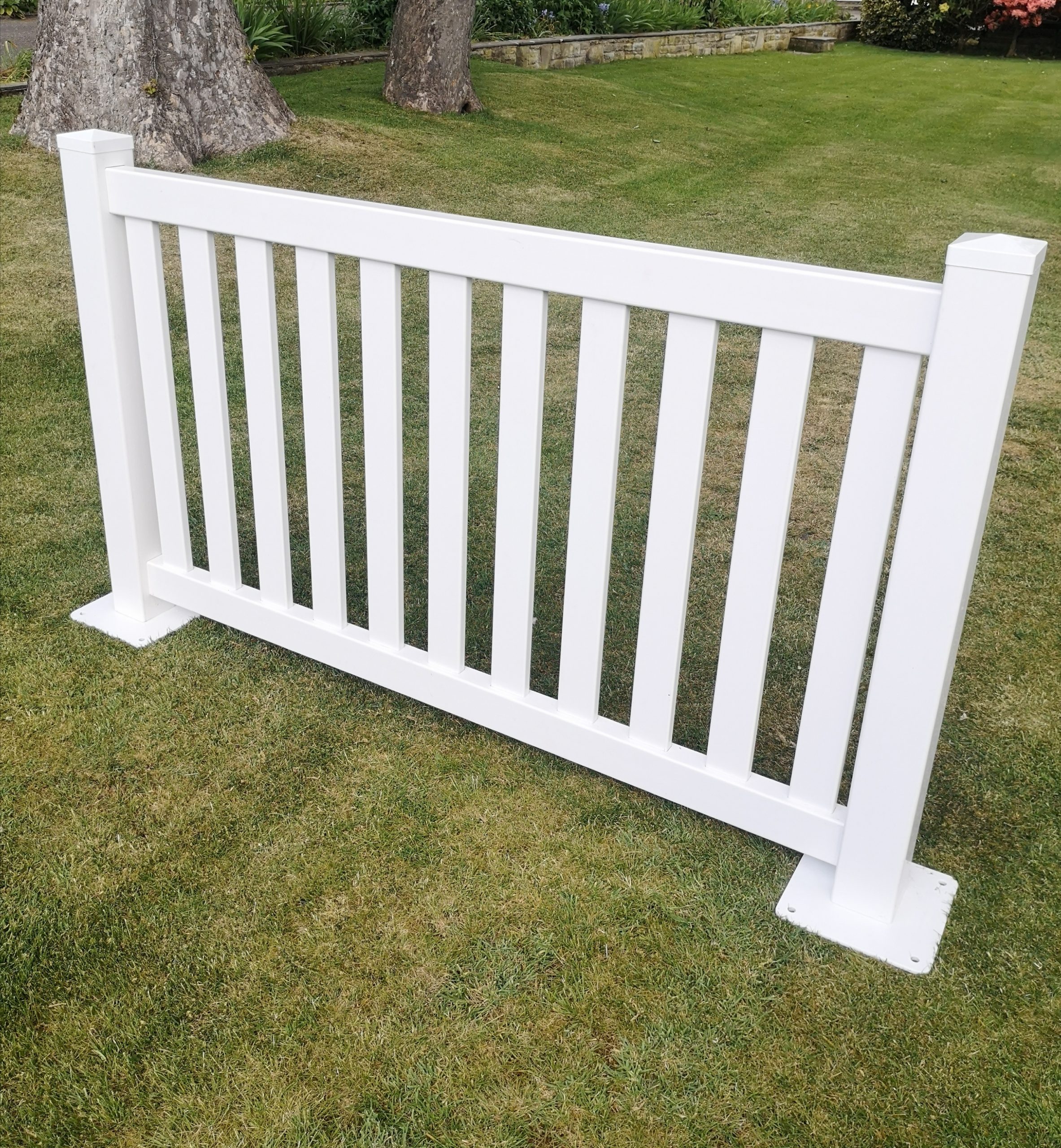 Portable Flat Top Picket Fencing